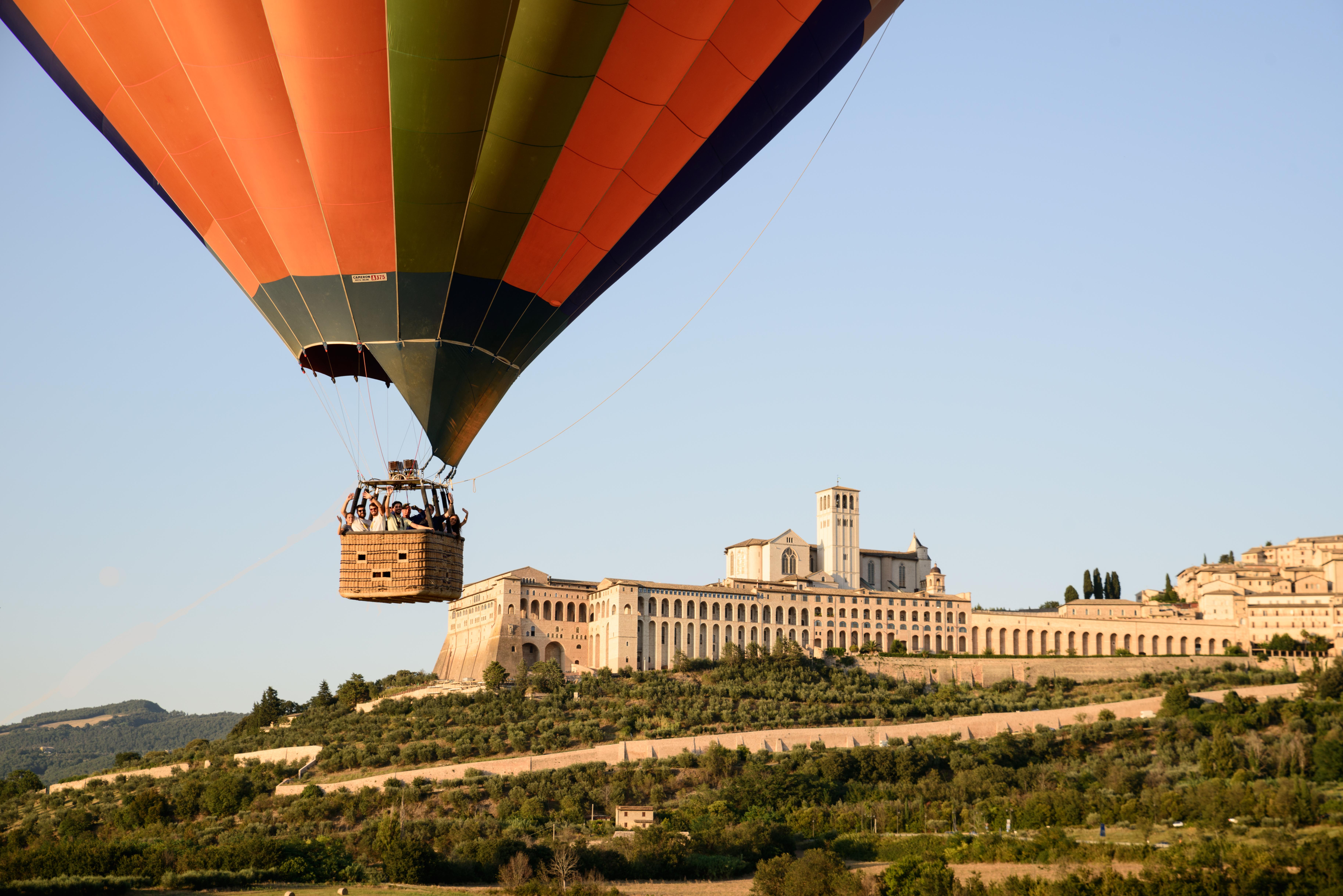 hot-air-balloon-italy-volo-mongolfiera-umbria01