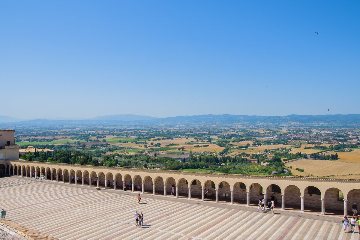 10 Italian Towns Perfect for Social Distancing